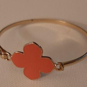 Clipped bracelet
